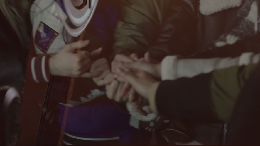 ONCE와 TWICE. 4년, 그리고 하루. Be as ONE.