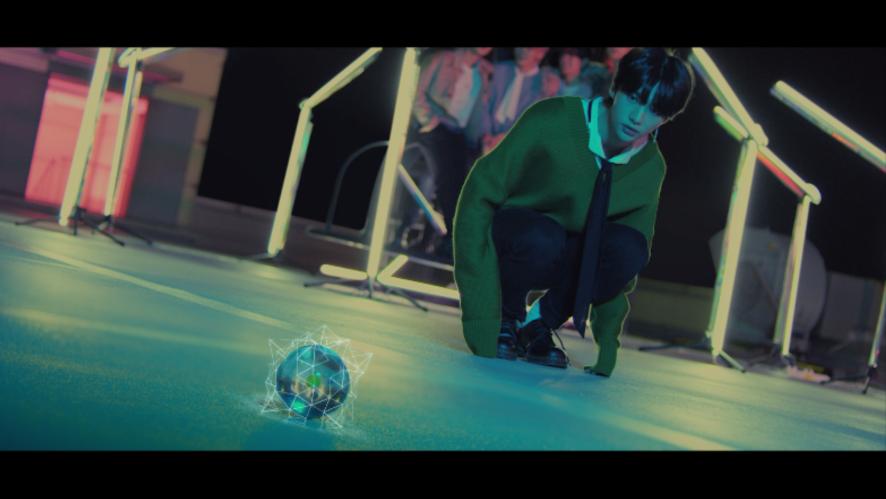 "Stray Kids(스트레이 키즈) ""Astronaut"" Prologue Video"