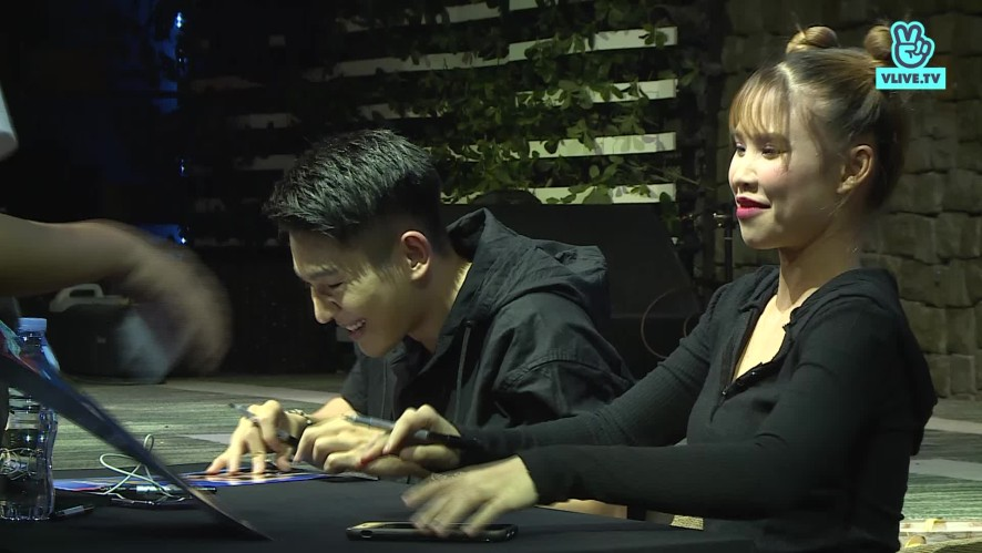 Khoi My & Kevin Khanh's  Fansign in Hà Nội 26.11.2019