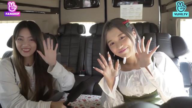 [Han Sara] My Santa Claus - Fan ôm siết không buông khi được Han Sara tặng quà bất ngờ