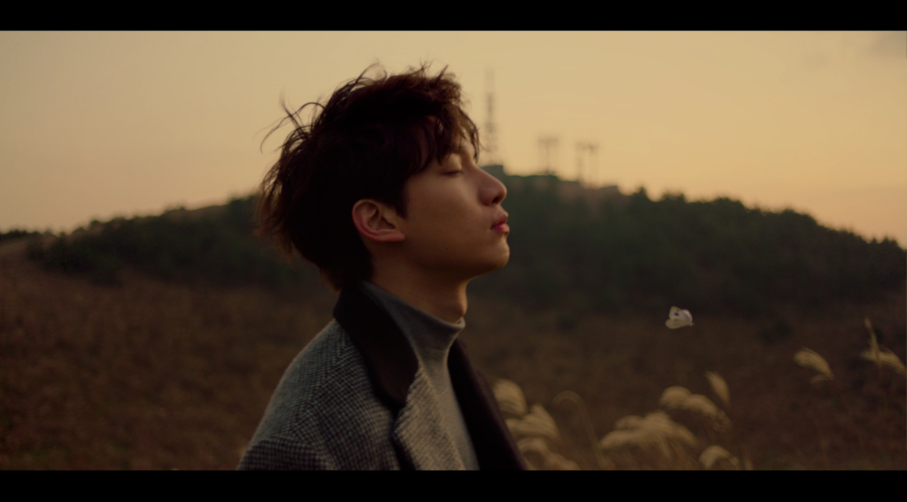 혁(HYUK) - '겨울나비' Official M/V