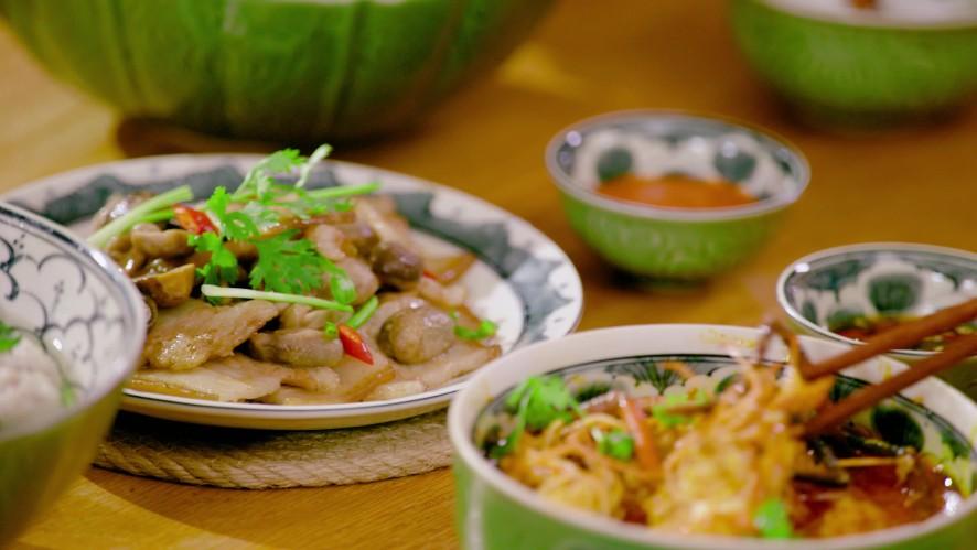 Vào Bếp Đi Con - Tập 7: Quốc Trường chu đáo chuẩn bị bữa tối hấp dẫn cho ba mẹ