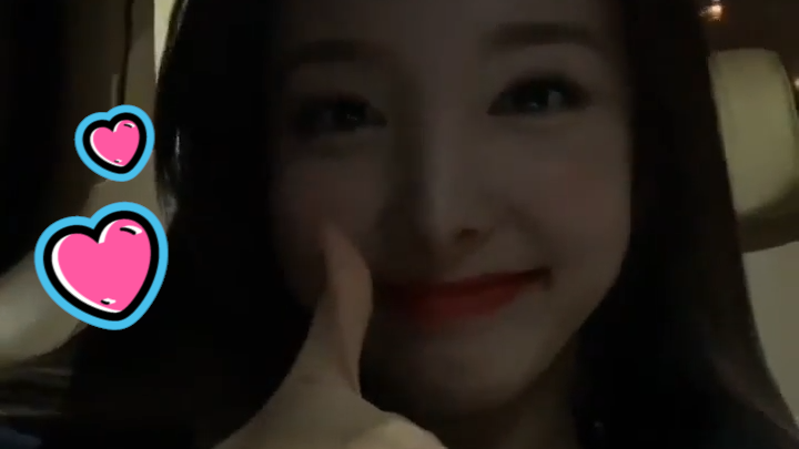 [TWICE] 💝다들 울 여워 깜찍함에 울면서 주먹 먹지 않나?🧡 (NAYEON talking about her cover song)