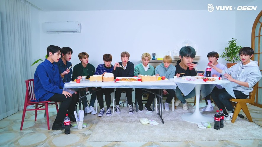 Golden Child, They can eat even 100 chickens #star road 09