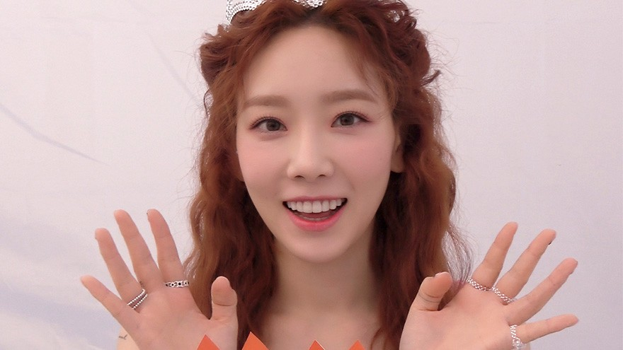 TAEYEON 태연 '#HAPPY' Birthday Interview 👸🏻🎂