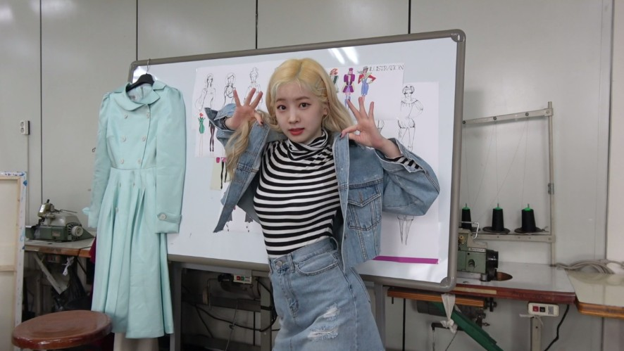 """TWICE TV """"Revealed for the first time! TWICE's Fashion Club Interview Video"""""""