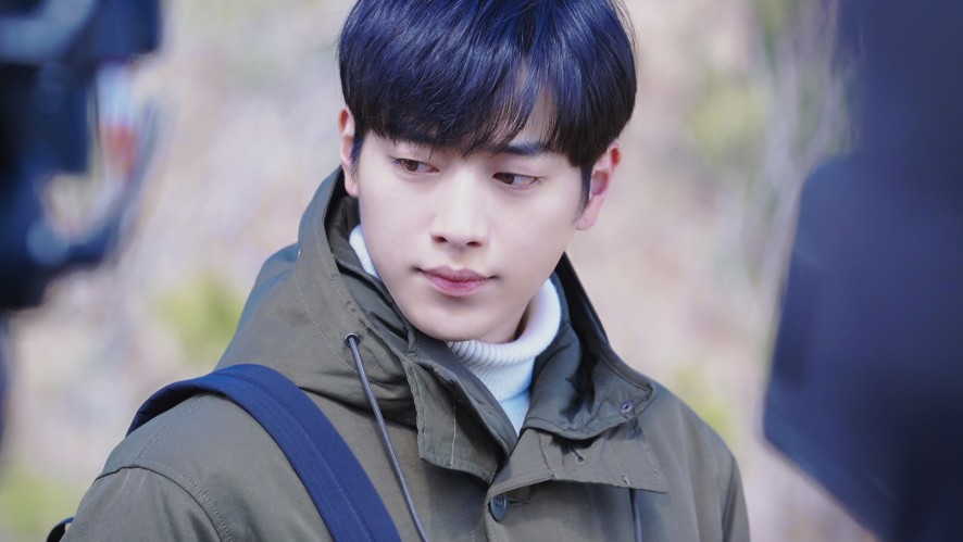 SEO KANG JUN 서강준 - 드라마 '날씨가 좋으면 찾아가겠어요' 비하인드- 의심이 이루어지는 곳