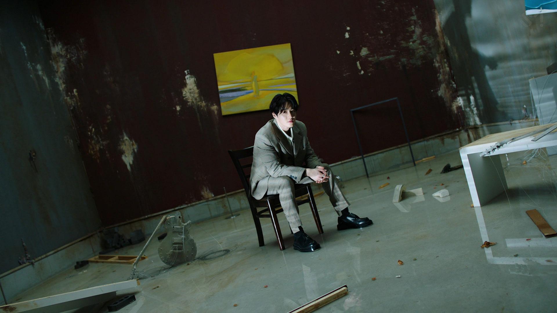 SUHO 수호 '사랑, 하자 (Let's Love)' MV Teaser #1