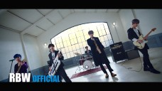 ONEWE(원위) '모르겠다고 (Q) (Feat. Hwa Sa)' MV