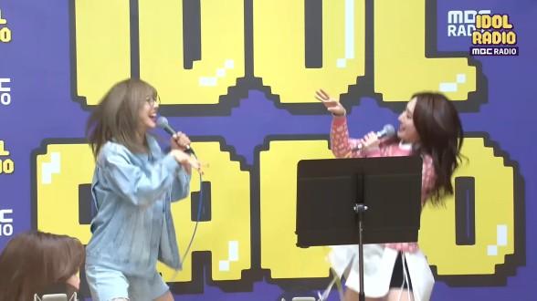 남다른 텐션! 유현&수아 - 칼퇴근 ♬