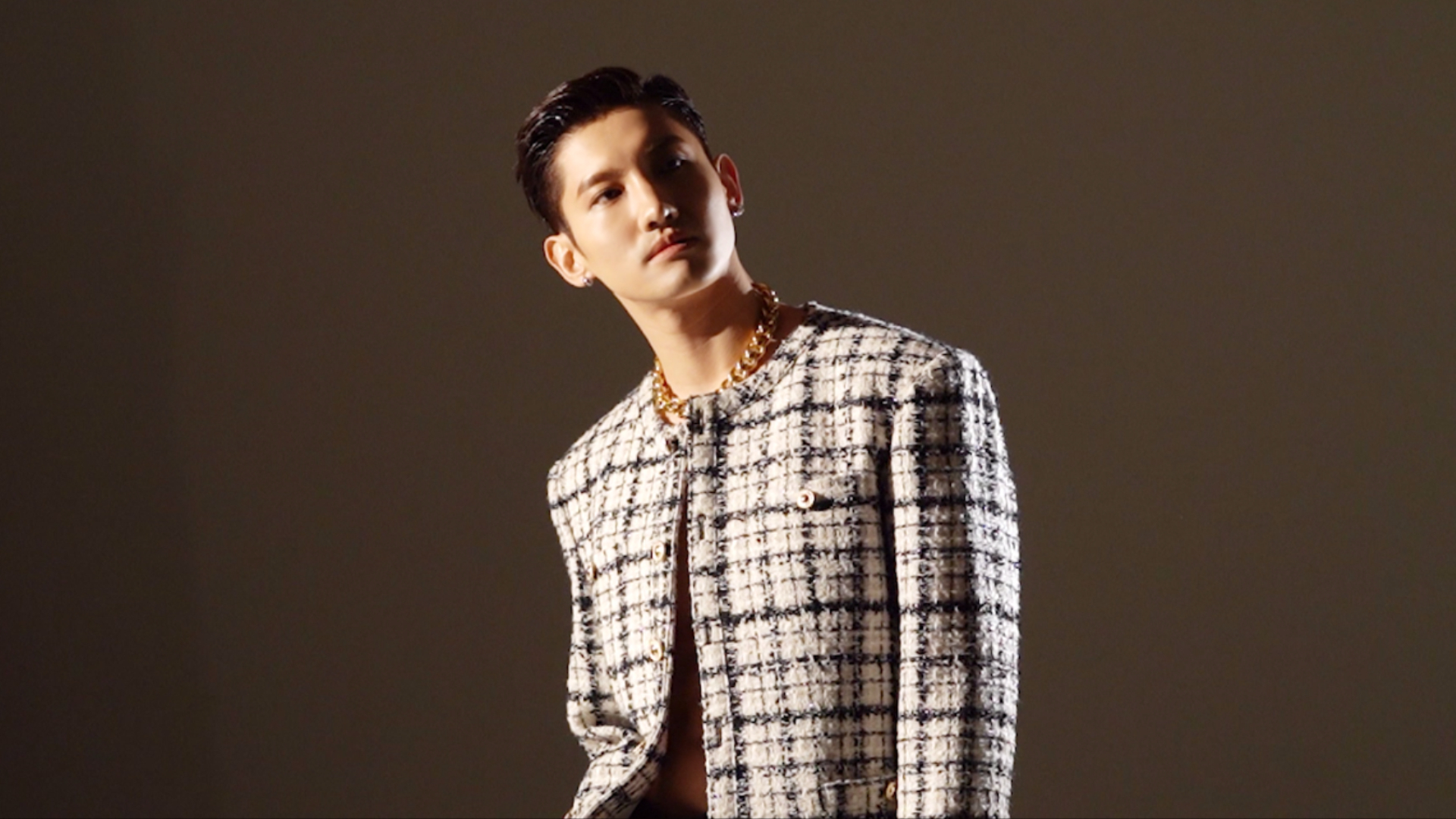 MAX CHAGMIN 최강창민 'Chocolate' MV & Jacket Making Film