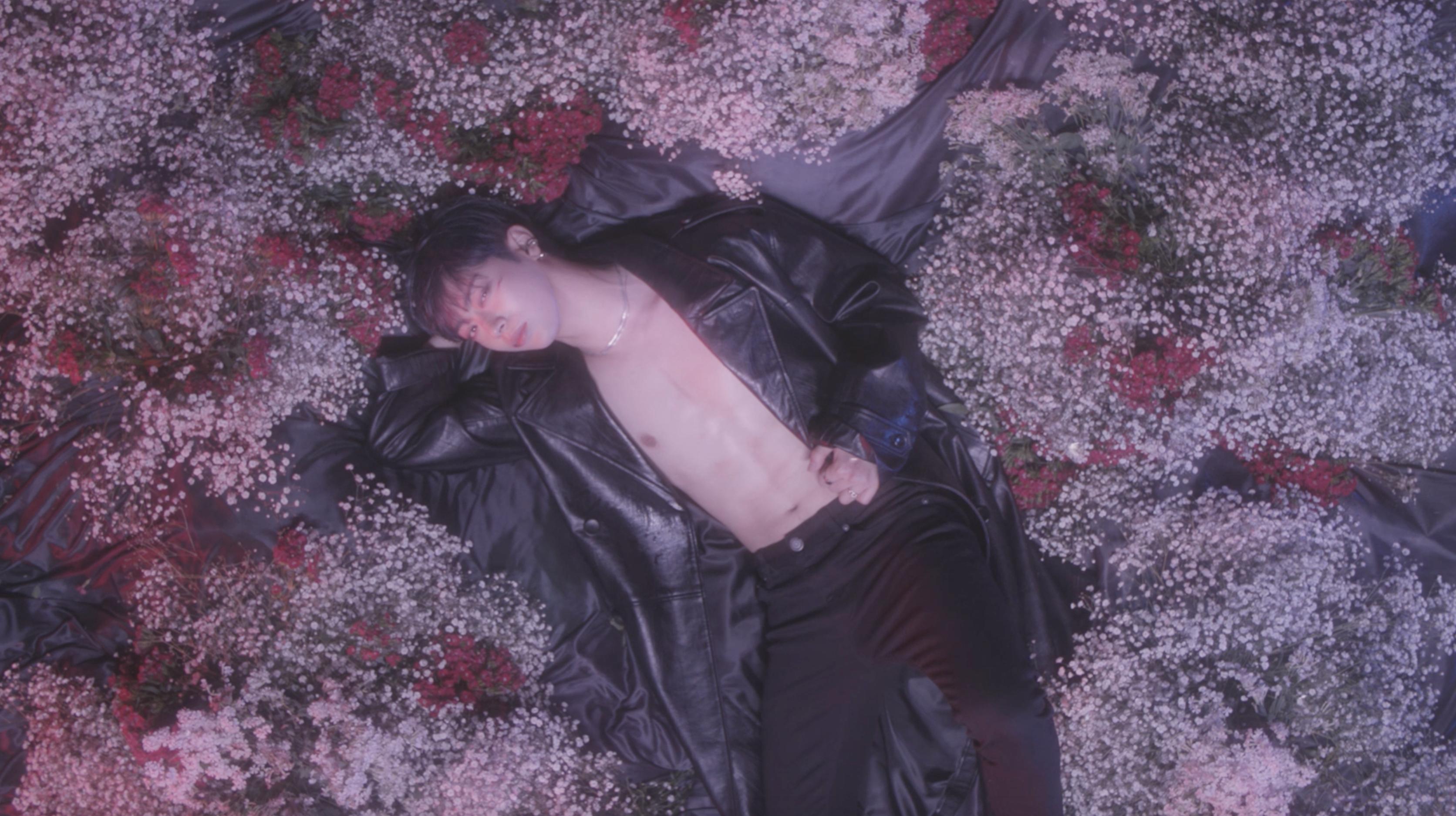 UNVS(유엔브이에스) - 'Solar Eclipse 절대 모를거야' (Feat. room102) Official MV