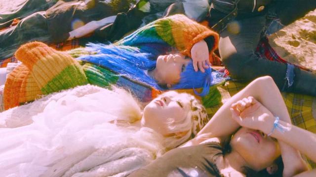 스월비 (Swervy) - 파랑 (feat. 캡틴락 of 크라잉넛) [Official Video]