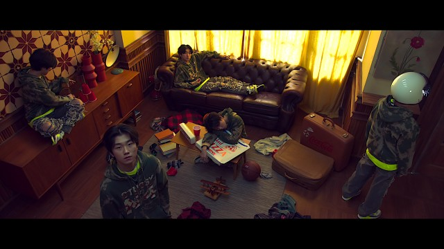 [MV] M1NU - 나비 (Feat. Skinny Brown, kuzi)
