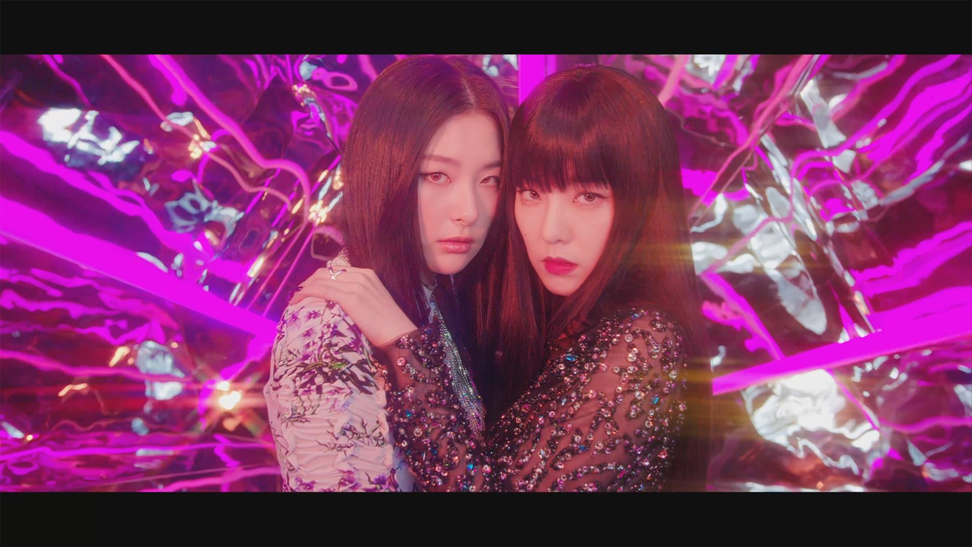 Red Velvet - IRENE & SEULGI 'Monster' MV