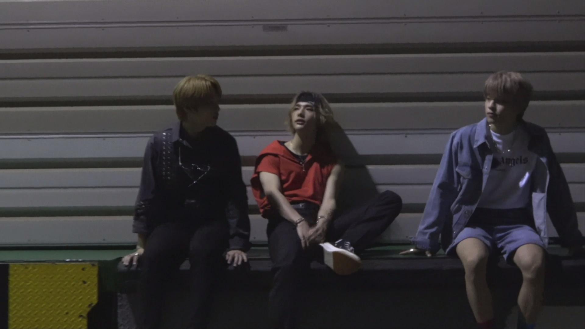 "Stray Kids(스트레이 키즈) <GO生> UNVEIL : TRACK ""타"" MAKING FILM"