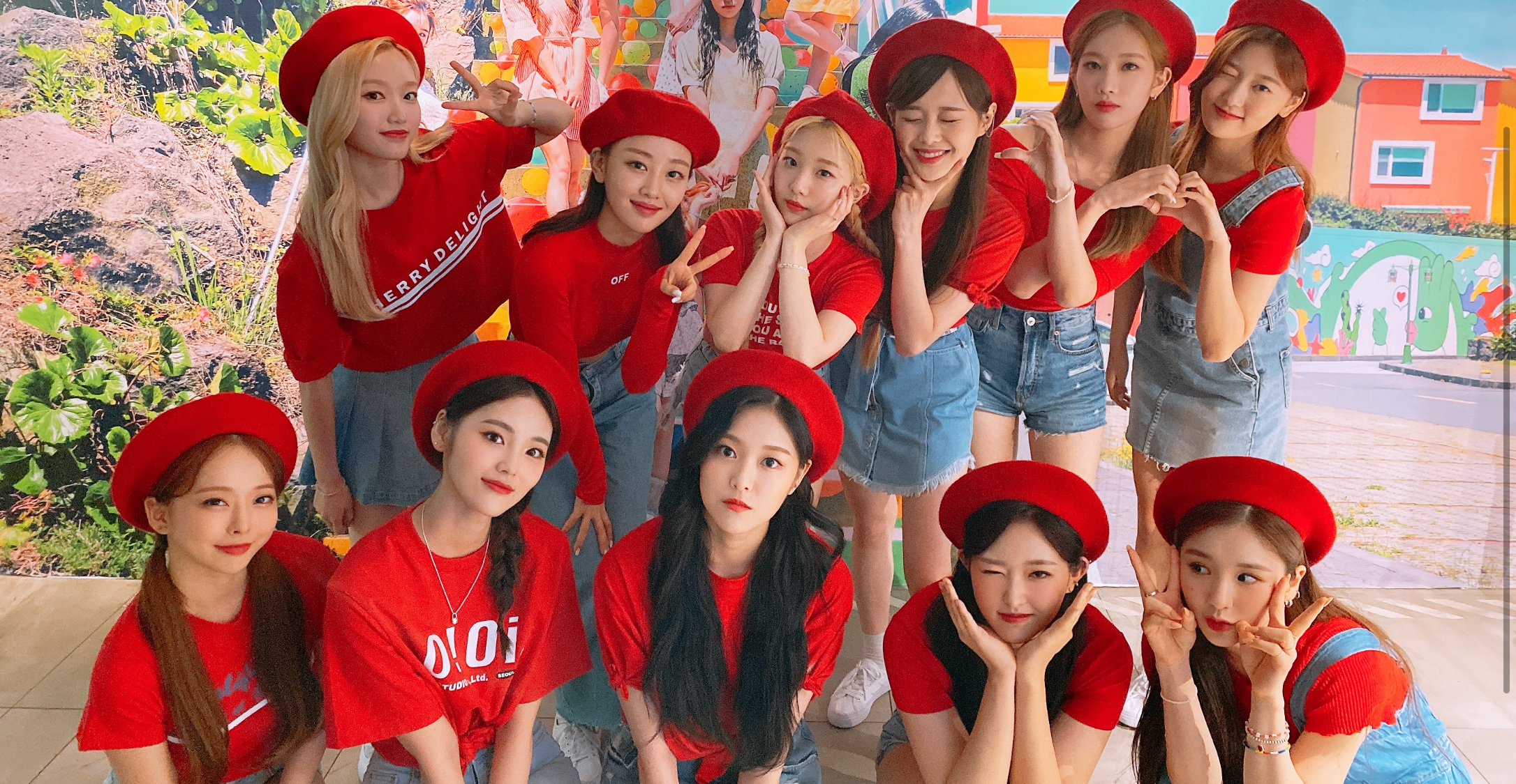 Welcome to LOONA ISLAND💕