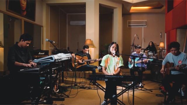 """GEISHA LIVE ACCOUSTIC STUDIO SESSION """" KUNCI HATI """""""