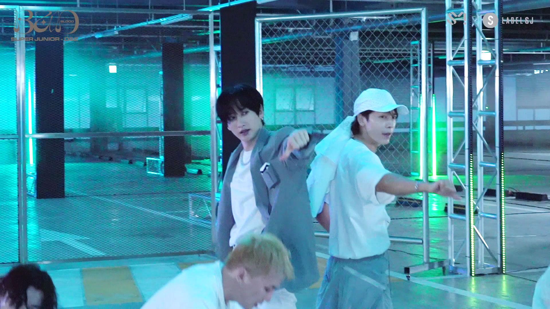 SUPER JUNIOR-D&E 슈퍼주니어-D&E 'B.A.D' MV Making Film