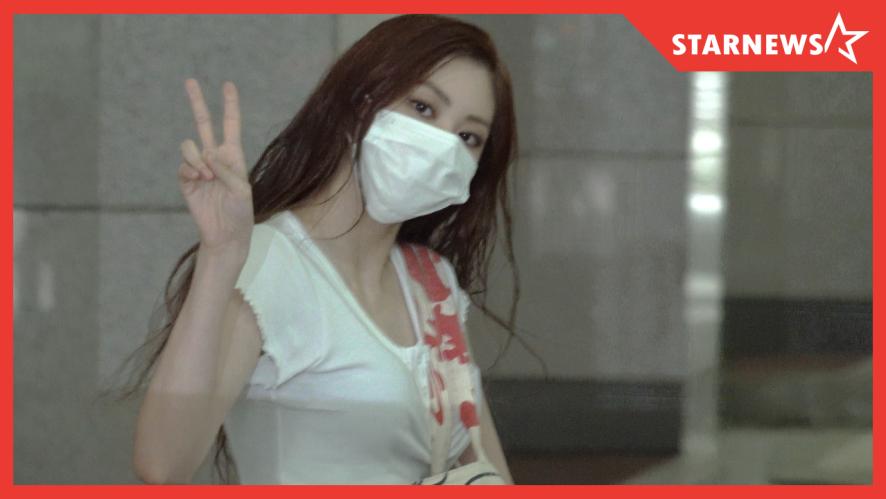 CLC, 심쿵 아이컨텍 l 쇼챔피언 출근길 200916