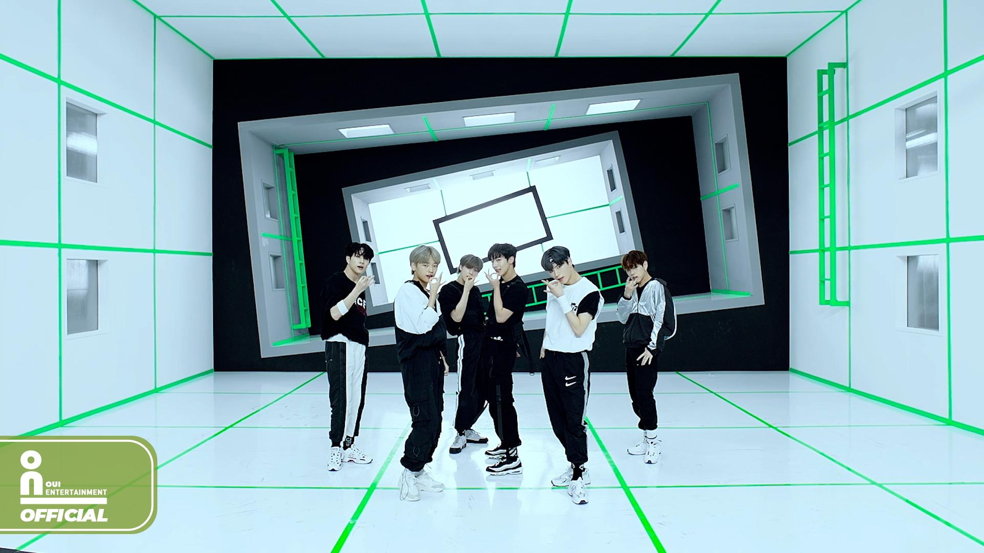 위아이(WEi) 'TWILIGHT' Dance Practice Video (사복 ver.)