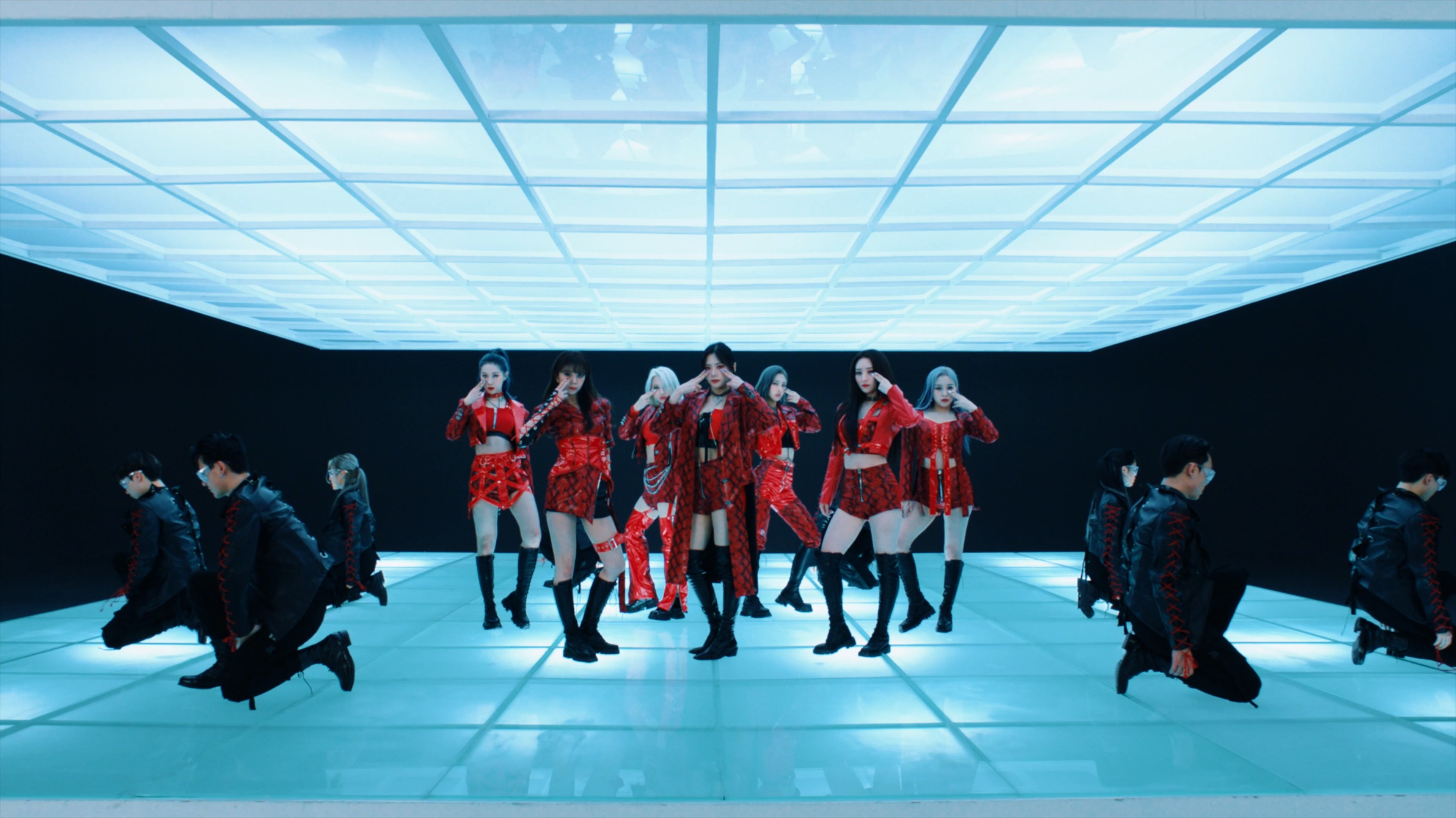 Dreamcatcher(드림캐쳐) 'Odd Eye' Dance Video (MV ver.)