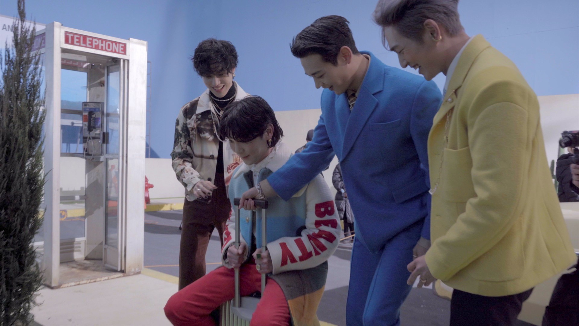 'Don't Call Me' ☎❌ Jacket Photoshoot | Behind the SHINee