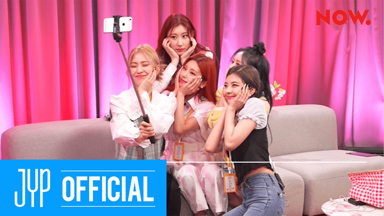 """ITZY(있지) """"bㅣㄴ틈있지"""" EP.14 Highlight : This is ITZY's pic of the day"""