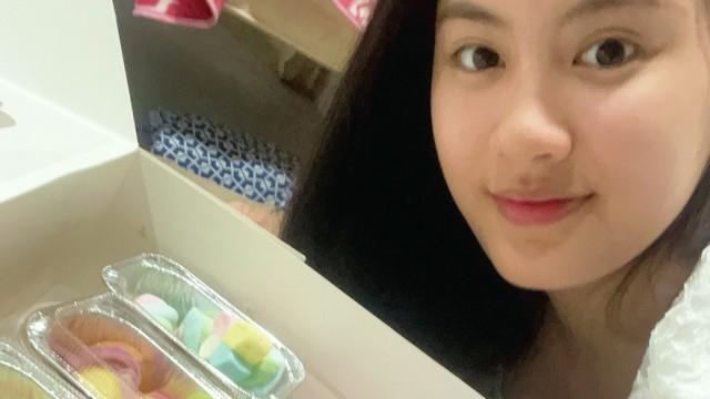 NaNa cupcake decorating 🧁🎨😍