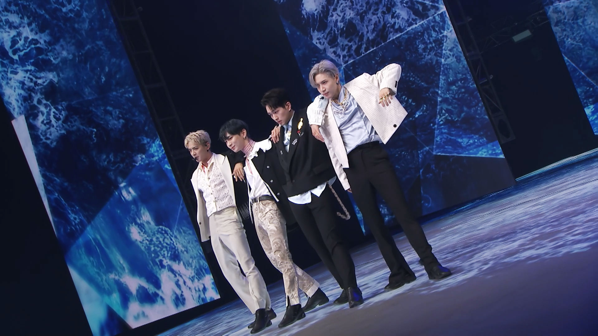 SHINee 샤이니 'Atlantis' @Beyond LIVE – SHINee : SHINee WORLD (Stage Ver.)