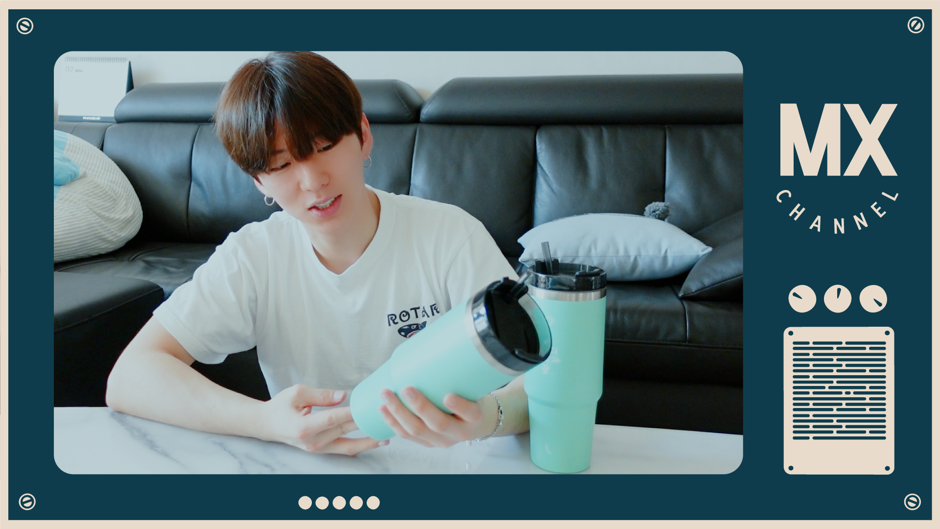 [몬채널][B] EP.230 KH VLOG : Kyunbler Merch Review