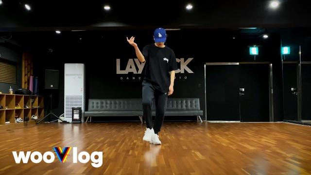 김우진 KIM WOOJIN 'Zone 6' Dance Practice Video | #wooVlog #wV33