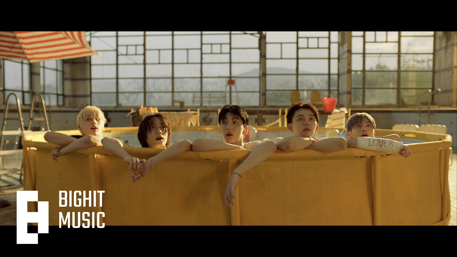 투모로우바이투게더 '0X1=LOVESONG (I Know I Love You) feat. Seori' MV