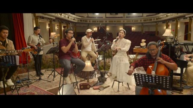 [Highlights] LEXICOUSTIC Ep. 5 - Lagu Malam Hari