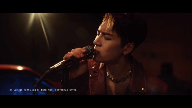 Jackson Wang - Drive You Home (acoustic) live from Shanghai