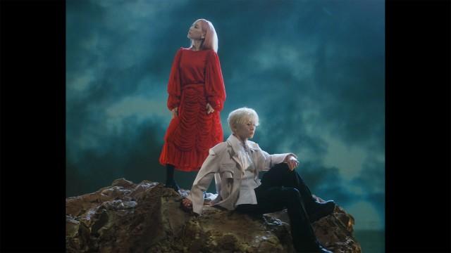 KEY 키 'Hate that... (Feat. 태연)' MV