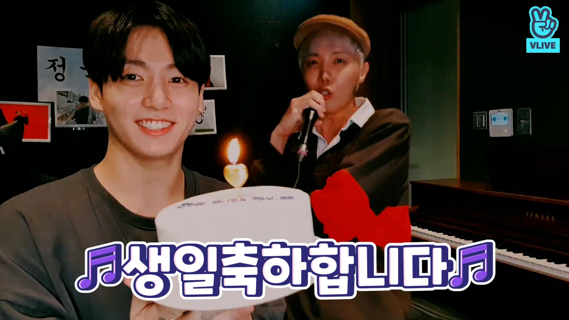 [BTS] 소중한 날 기념!! 노래 만들기 with 천재로맨틱강아지 전정국🎤🎶 (HAPPY JUNGKOOK DAY!)