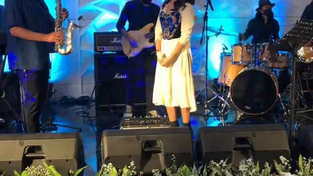 Brisia Jodie live with BRI